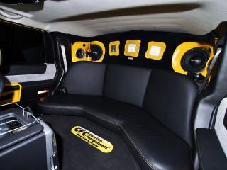 обои CFC Hummer H2 задние сиденья фото