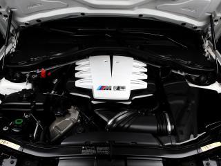 обои IND BMW M3 Coupe (E92) 2011 мотор фото