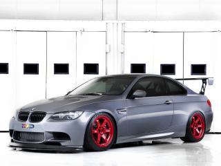 обои IND BMW M3 GTS (E92) боком фото