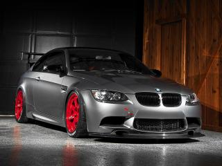 обои IND BMW M3 GTS (E92) быстрый фото