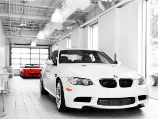 обои IND BMW M3 Sedan (E90) передок фото