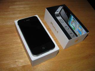 обои Apple iphone 4 без крышки фото