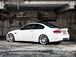 обои Active Autowerke BMW M3 Coupe (E92) бок белый фото