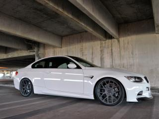 обои Active Autowerke BMW M3 Coupe (E92) в ангаре фото