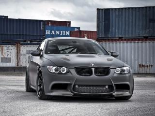 обои Active Autowerke BMW M3 Coupe (E92) черный в порту фото