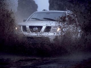 обои Arctic Trucks Nissan Pathfinder (R51) грязь фото