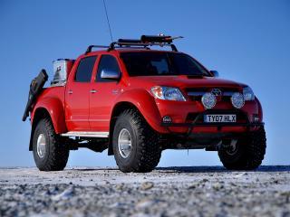 обои Arctic Trucks Toyota Hilux Invincible AT38 передок фото