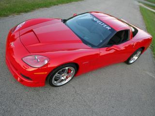 обои Lingenfelter Corvette C6 2004 боком фото