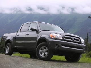 обои TRD Toyota Tundra Double Cab Limited Off-Road Edition туман фото