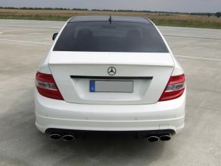 обои Avus Performance Mercedes-Benz C63 AMG (W204) зад фото