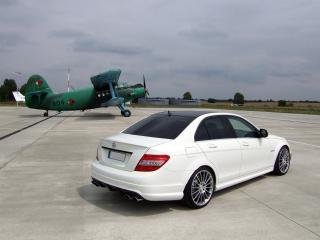 обои Avus Performance Mercedes-Benz C63 AMG (W204) самолет фото