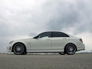 обои Avus Performance Mercedes-Benz C63 AMG (W204) сбоку фото