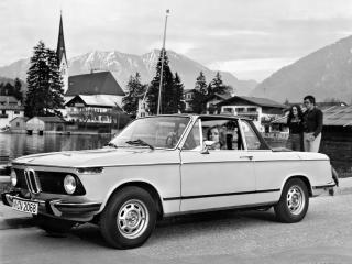 обои BMW 2002 Cabriolet by Baur (E10) городок фото