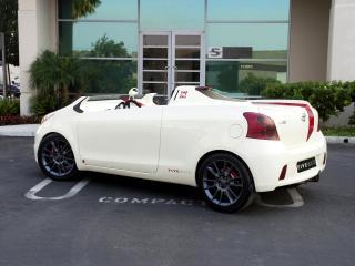 обои Five Axis Toyota Yaris Club Concept бок фото
