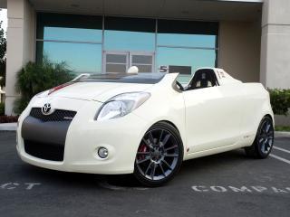 обои для рабочего стола: Five Axis Toyota Yaris Club Concept перед
