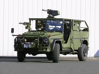 обои Mercedes-Benz G-Klasse Military (W461) перед фото