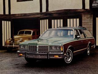 обои Pontiac Catalina Safari 1977 перед фото