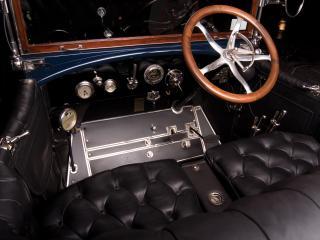 обои Stevens-Duryea Model C 5-passenger Touring салон фото