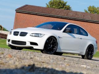 обои Manhart Racing BMW M3 Compressor (E92) белая фото