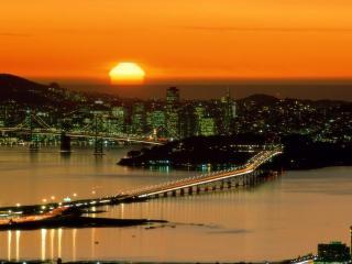обои Город и красный закат фото
