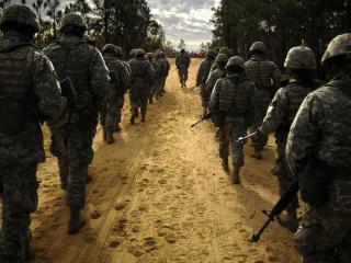 обои Взвод солдат фото