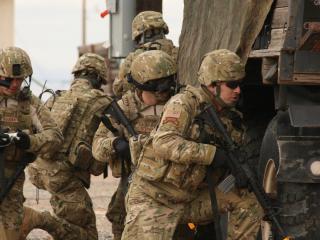 обои Солдаты в действии фото