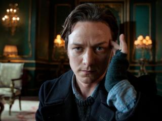 обои James McAvoy as Professor Charles Xavier думает фото