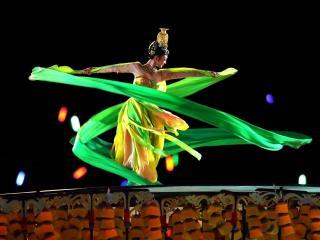 обои Китаянка открывает олимпмиаду фото