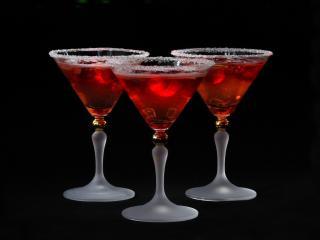 обои Три вишневый коктель фото