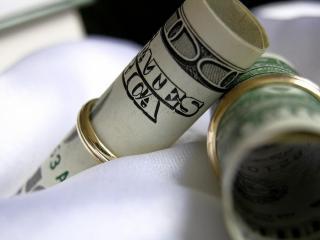 обои Скруток с деньгами фото