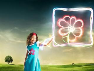 обои Цветущая энергия девочки фото