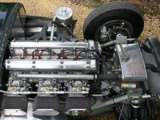 обои Lister-Jaguar Costin Roadster моторчик фото