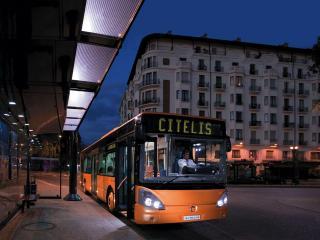 обои Irisbus Citelis ночь фото