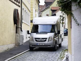 обои Hymer Van в городке фото