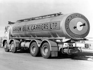 обои Foden KE6-24 8x4 Tanker (S21) зад фото