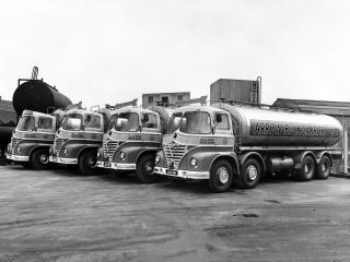 обои Foden KE6-24 8x4 Tanker (S21) комманда фото
