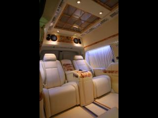 обои 2011 Depp Auto Tuning Chevrolet Express Platinum потолок фото