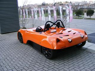 обои Luso Motors LM23 задок фото