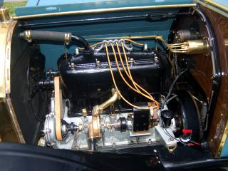 обои Michigan Model 40-K Five-Passenger Touring Car мотор фото