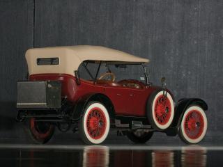 обои ReVere Model A Touring бок фото