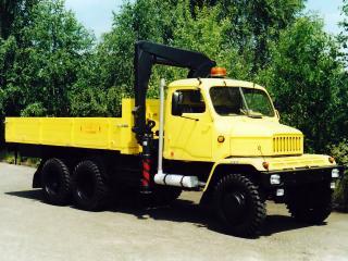 обои Praga V3S M6 желтая фото