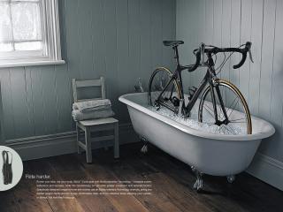 обои Велосипед в ване со льдом фото