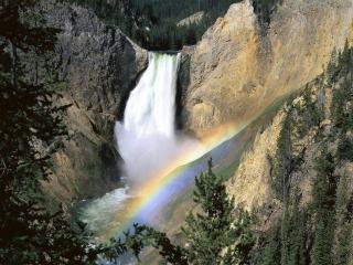 обои Радуга в водопаде фото