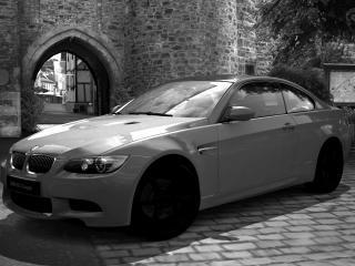 обои M3  в черно белых-цветах фото