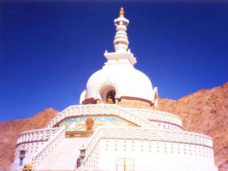 обои Белокаменная ступа в Тибете фото