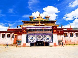 обои Ворота тибетского монастыря фото