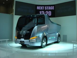 обои Fuso Canter Eco-D перед фото