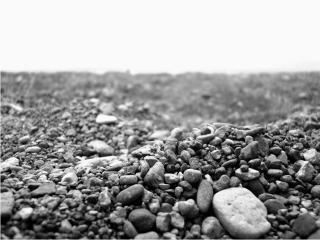 обои Аскетичный пейзаж из камней фото