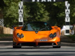 обои Pagani Zonda F 2005 оранжевая фото