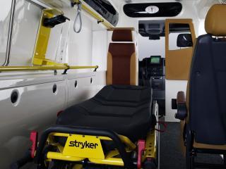 обои Tamlans Mercedes-Benz Sprinter Ambulance (W906) кровать фото